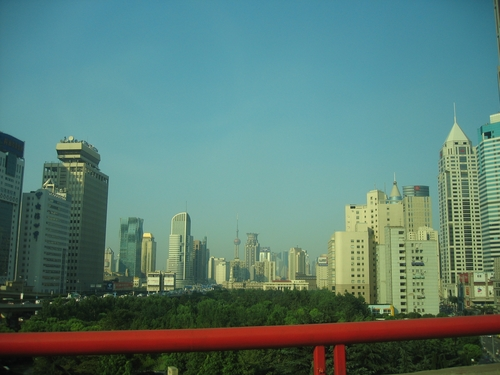 Shanghai_route_barre_rouge_2
